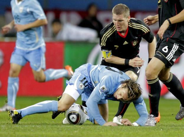 Alemania sube al podio a costa de Uruguay