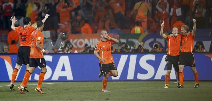 Holanda elimina a Brasil y jugará las semifinales