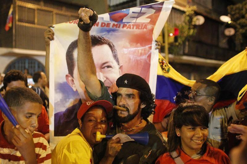 Asamblea Nacional de Venezuela da luz verde a poderes especiales para Maduro 1349665750544