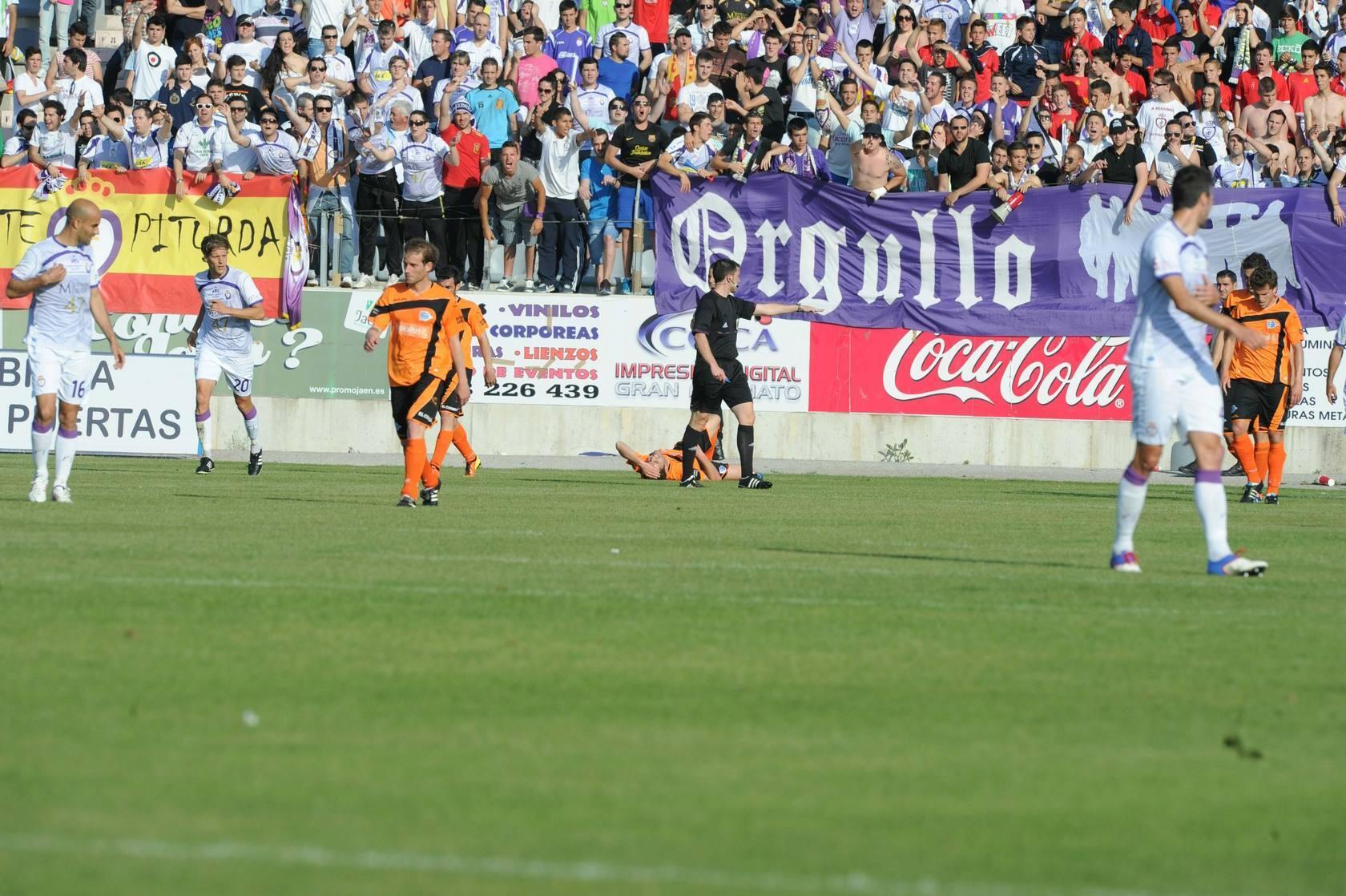 Real Jaén 1 - Alavés 1. El partido, en imágenes