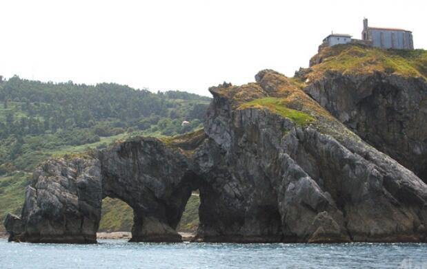 Paseo en barco por Urdaibai