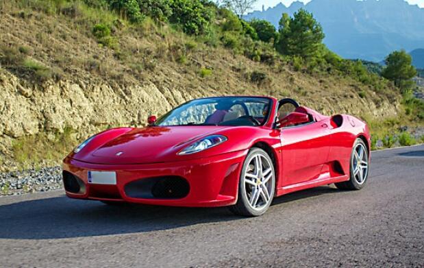 Ferrari, Lamborghini o Porsche…