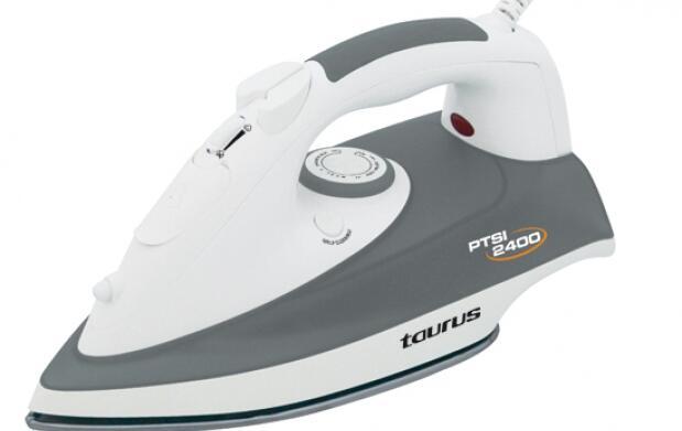Plancha a vapor Taurus PTSI 2400