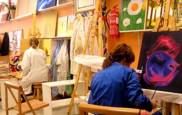 4 clases de pintura para niños y adultos