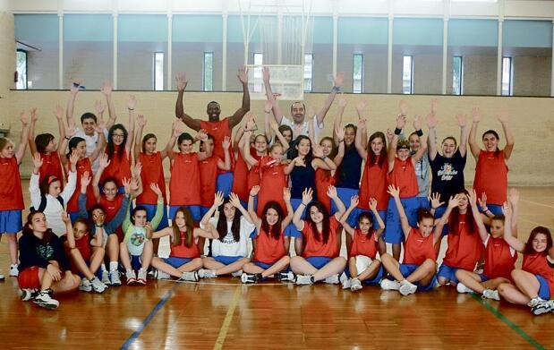 VIII Campus Baloncesto Salgado +piscina