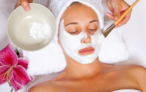 Higiene facial con aromaterapia