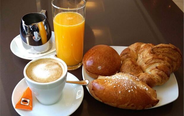Desayuno o merienda para 2 en Goya