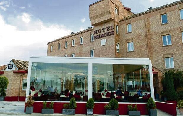Hotel Palacios y visita a Bodega