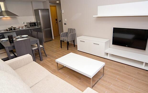 Aparthotel & spa para 2