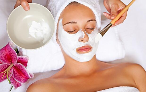 Tratamiento facial cosmética natural