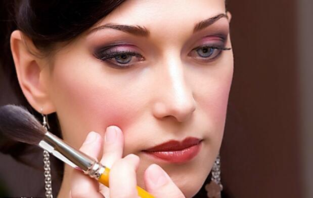 Curso de maquillaje con profesional