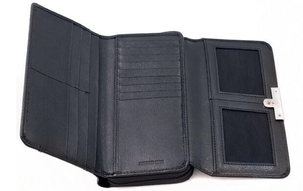 Billetera de señora Antonio Miró 25€