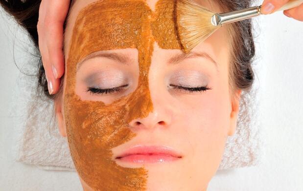 Limpieza facial con oro + obsequio