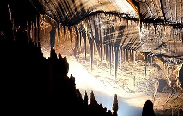 Escapada de día a cuevas en Santillana