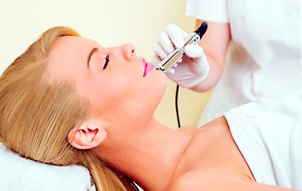 Sesión de peeling médico en cara o cuello