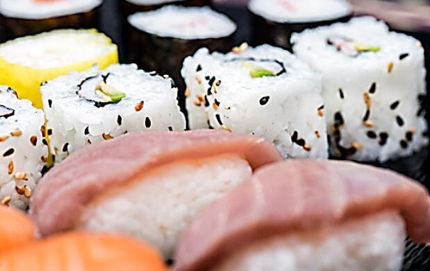 Menú japonés para llevar en Sushimore
