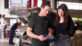 Cambio de Aceite, Filtro y Revisión Pre-ITV de tu coche