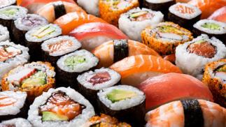44 piezas de sushi + ensalada Wakame para recoger en Bio Oriental