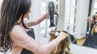 Elige tu sesión de peluquería en Bilbao