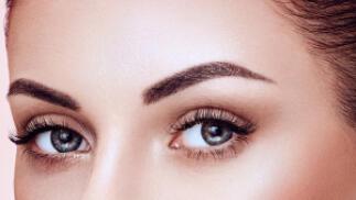 Lifting de pestañas o micropigmentación de cejas pelo a pelo 3D