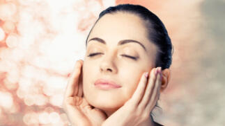 Tratamiento facial efecto lifting con opción a ácido hialurónico y toxina botulínica