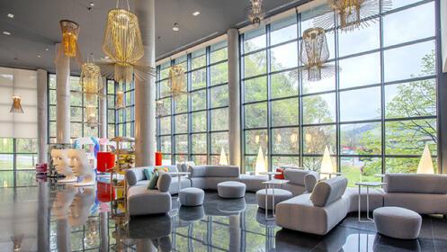 Hotel de 4* para 2 en Bilbao con desayuno buffet y entradas museo Guggenheim
