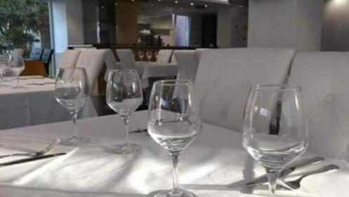 Menú especial de noche o de día en el Restaurante Laguillo en Laredo