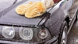 Lavado y desinfección de coche en Bilbao