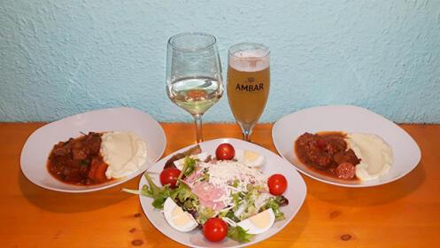 Menú de pintxos o menú griego para dos, para comer o llevar