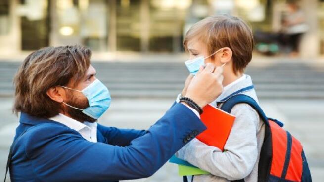 Pack 50 mascarillas higiénicas con certificado para niño o adulto