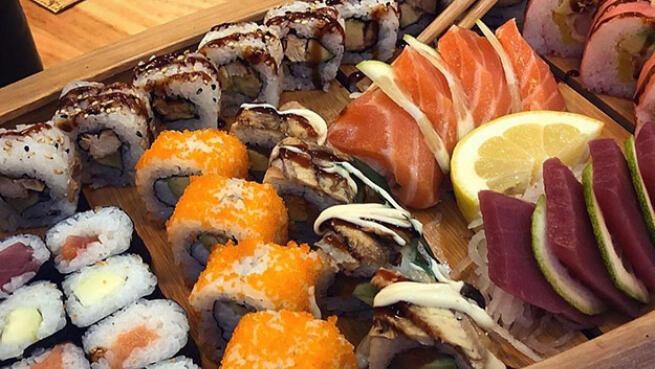 Menú sushi para llevar en Restaurante Yami